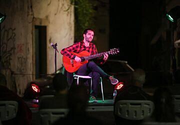 Este sábado vão ouvir-se as canções de Zeca Afonso na Casa da Cultura