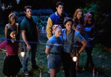 """""""Riverdale"""" está de volta para uma quinta temporada na Netflix"""