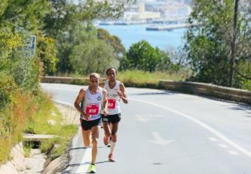 Este domingo, há cortes de trânsito na cidade por causa da Alegro Meia Maratona